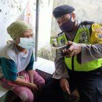 Ini Cara Pak Bhabin Nyambung Silaturrahmi, Sediakan Video Call Untuk Warga Binaan