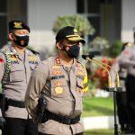 Atas Prestasinya, Kapolda Jateng Sematkan Pin Emas Kapolri Pada Dirnarkoba Polda Jateng dan Beri Penghargaan Pada 97 Anggota Polda Jateng