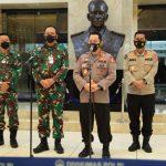 Kunjungi KSAU, Kapolri Harap Sinergitas Dari Atas Hingga Bawah Tegakan Displin Prokes Masyarakat