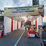 Begini Alur Drive Thru Swap Antigen Satlantas Polrestabes Semarang di Rest AreaKM 424 Semarang