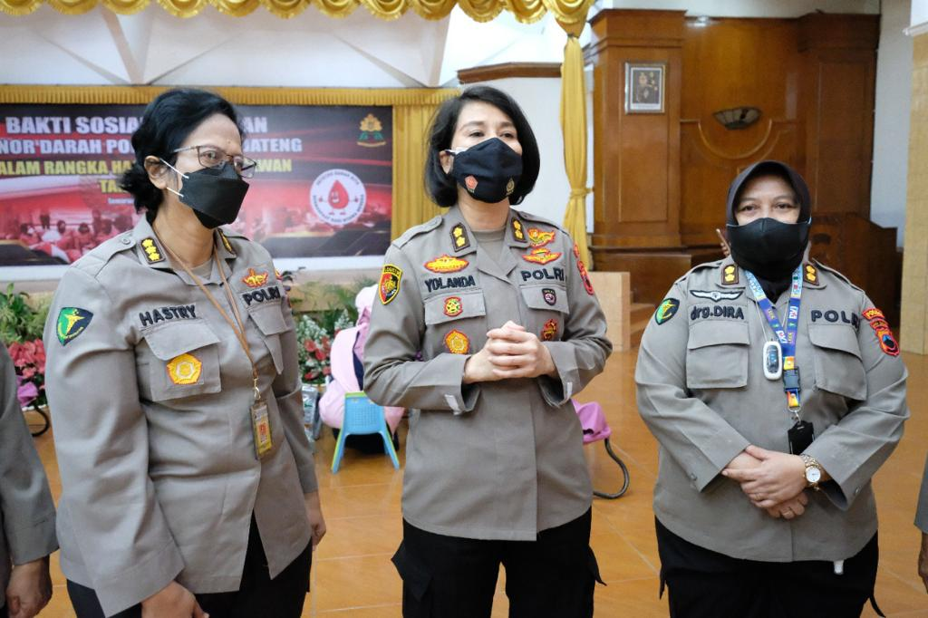 Peringati Hari Jadi Polwan Ke-73, Polwan Polda Jateng Adakan Donor Darah